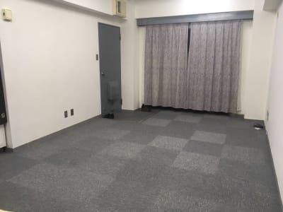 内観です - 事務所、ワークスペース、倉庫に! 六本木ハウスの室内の写真