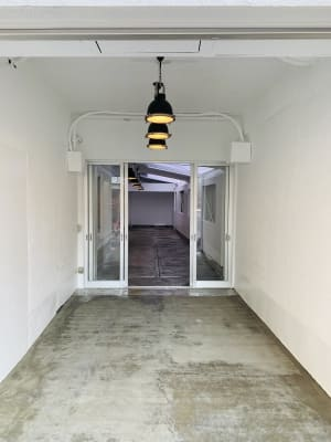 キャンプ用品無 - 1Days レンタルガレージ レンタルスペース(ガレージ)の入口の写真