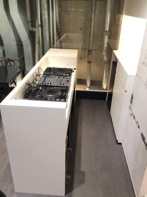DJ機材完備 - 「GRUPPOTANAKA」 レンタルスペースの室内の写真