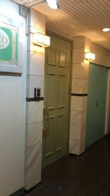 入り口ドア - 貸スペースゴールド ゴールドの入口の写真