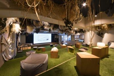 ゆったりとしたシアタースペース - TheaterZzzの室内の写真