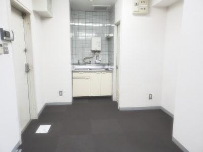 TSUBAKI新横浜Part.2 多目的スペースの室内の写真