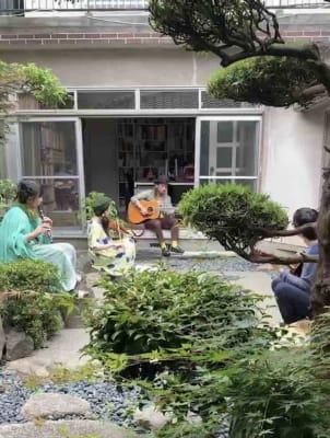 庭で演奏を行い、回廊から鑑賞することも可能です。 - Udatsuya (うだつや) うだつや本館のその他の写真
