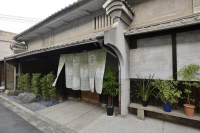 築110年の古民家です。 - Udatsuya (うだつや) うだつや本館の外観の写真