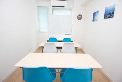 エキ前会議室 アクアの室内の写真