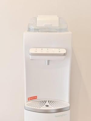 ウォーターサーバー利用無料 - Rental Salon ユルリ PREMIUM SALONの設備の写真