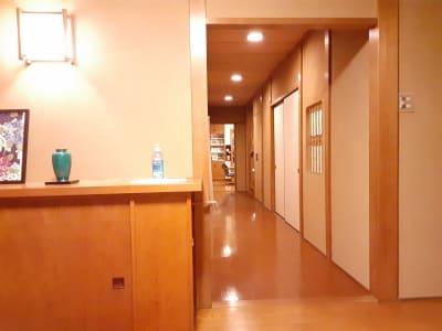 スペースシェア「あおやま」 101号室(洋室)の入口の写真