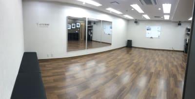 全景:パノラマ写真。 - Y-STUDIO ダンス&ヨガスタジオの室内の写真