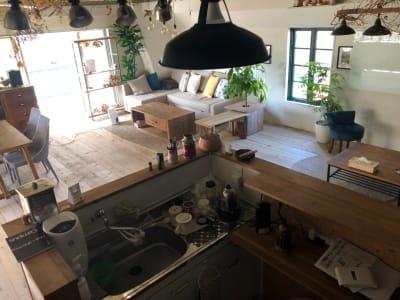 キッチン内部からのパノラマ - レンタルスペースiro-dama 80㎡ルームの室内の写真