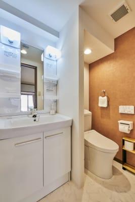 清潔なお手洗い - 今日都ゲストハウス レンタルスペースの室内の写真