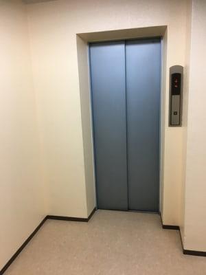 エレベーター - ナレ・インターナショナル会議室 NARE貸会議室Aのその他の写真