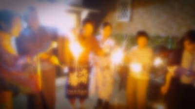 店前では花火もできます  いくつになっても結構楽しい - 地酒処つぼみ屋 フリースペースの室内の写真
