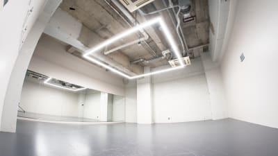 A studio(51平米) - StreetDancePark 【貸切】収録・配信・イベント等の室内の写真
