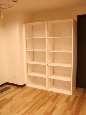 20名×2=40名分の荷物棚があります。 - TDSレンタルスタジオ池袋 メインスタジオの室内の写真