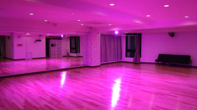照明効果が利用できます。(要相談) - TDSレンタルスタジオ池袋 メインスタジオの設備の写真