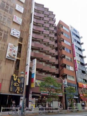 イースペ☆新宿ダイカンプラザ☆ 【1004】新宿ユニスタの室内の写真