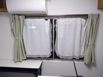遮光カーテンも取り付けました。 - 大京クラブ【レンタルスペース】 【事務スペース】の設備の写真