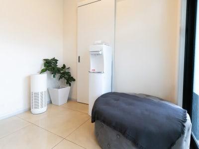 サロン入り口 - Rental Salon ユルリ HOGUSHI SALON の室内の写真