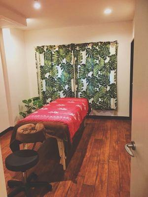 MANA KAPUA サロンスペースの室内の写真