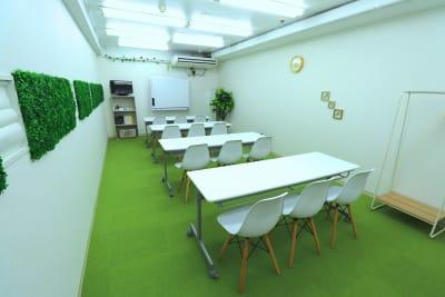 セミナーStyle - 【L⇔R赤羽】R・ROOM 多目的スペースの室内の写真