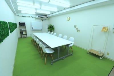 【L⇔R赤羽】R・ROOM 多目的スペースの室内の写真