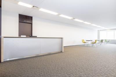 大阪ベイタワ― 10名用貸会議室の室内の写真