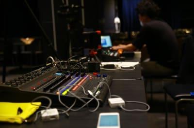 音響設備も充実 - グレースバリ上野公園前店 の設備の写真