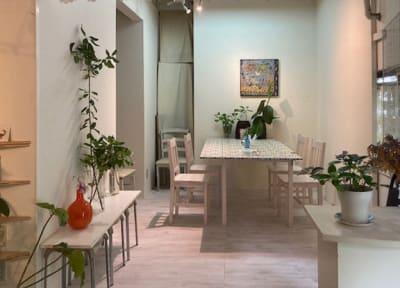スタジオクートギャラリー 各種展示会の入口の写真