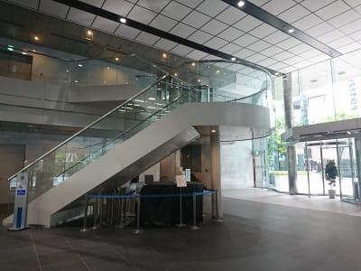 エントランス - レンタルスペースアゴラ新宿西口 多目的スペースの外観の写真