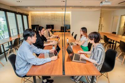 勉強会利用可能 - ACTBE Horieイベント貸 レンタルスペースの室内の写真