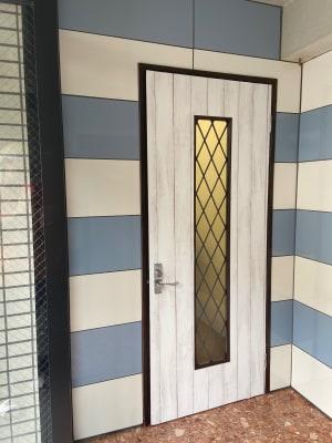 内扉 - レンタルスペースポノソラン レンタルサロンの室内の写真