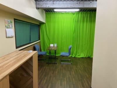 入口から見た様子 - レンタルスペースポノソラン レンタルサロンの室内の写真