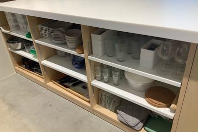 10名程度の利用を想定し食器類・カトラリーは12セット程度準備されています。 - ATELIER295 キッチン付き多目的スペースの設備の写真