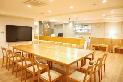 レイアウト例:大きなテーブル - FINEDAY浜松町 レンタルスペースの室内の写真