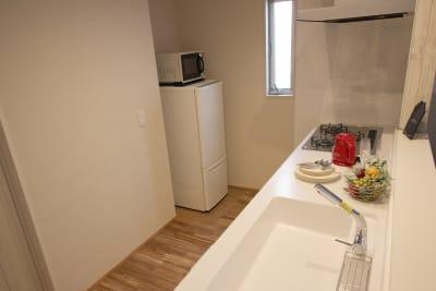 キッチン - CocoConne 福岡西新2 キッチン付完全貸切個室 はなれ2の室内の写真