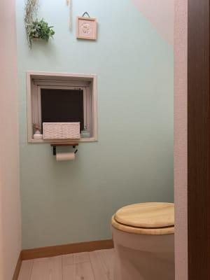 トイレ - Kuuma Paikka ヨガスタジオ、フェイシャルエステのその他の写真