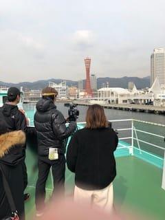約30平方メートルのスペースに20人まで入場することができます。 - 神戸ベイクルーズ 船の貸切スタジオの室内の写真