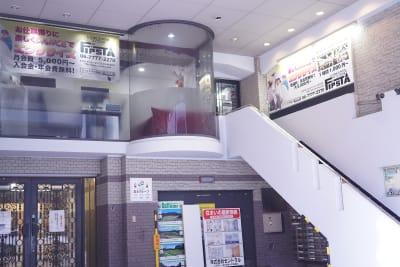 FIPSTA(フィプスタ) レンタルスタジオの入口の写真