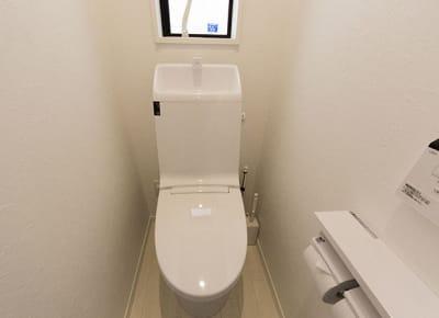 トイレ - 下高井戸Ⅲ 102号室の設備の写真