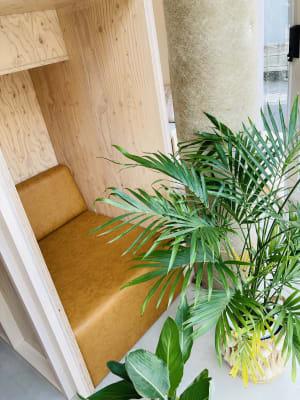 お電話などで使いやすいお籠りコーナーもあります - PLAT295  コワーキングスペース -1の室内の写真