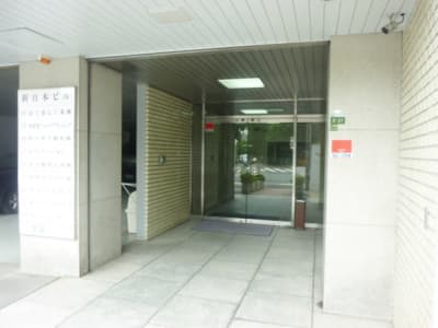 大阪会議室 新日本ビル梅田店 4階会議室(4階)の入口の写真