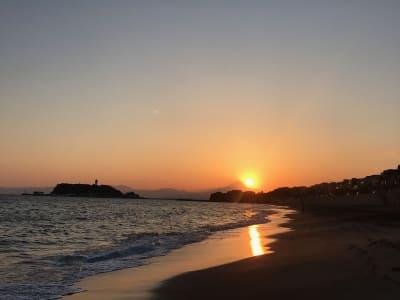 稲村ガ崎海岸まで徒歩6分。富士山、サンライズ、サンセットを楽しめます。 - ThinkSpace鎌倉 囲炉裏の間・畳の間のその他の写真