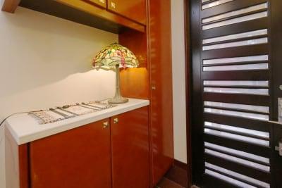 玄関 - 祐天寺アトリエ2F 10畳B部屋 レンタルサロン・レッスンルームの設備の写真