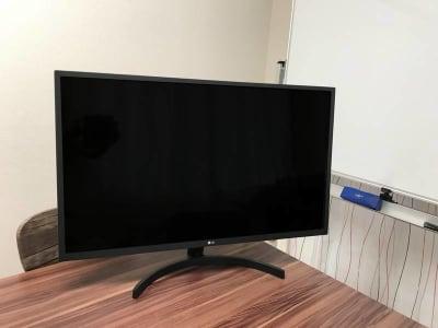 31.5型モニター / 32MN50W-B - FSB@秋葉原 FSB秋葉原 個室会議室の設備の写真