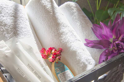 オプションでシャワー銭湯もご利用頂けます。タオル付きです。 - Feel Osaka Yu 【超高速WiFi】お仕事スペースの室内の写真