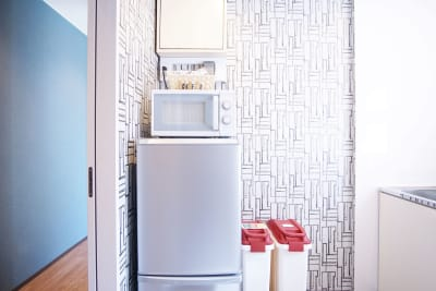 簡易キッチンもご利用いただけます。 - Feel Osaka Yu 【高速WiFi】快適ワークルームの室内の写真