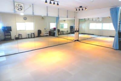 S&Fスタイル堺筋本町 4Fの室内の写真