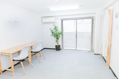 オリーブケアヒナ吉祥寺サロン 【デスク利用】RoomAの室内の写真