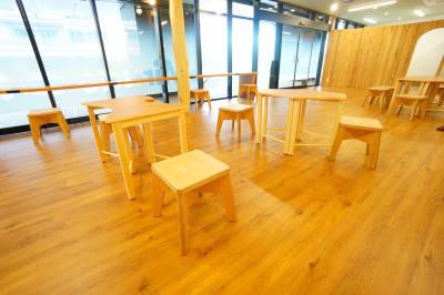 【ミラクルラボ】 ミラクルラボ2人席の室内の写真