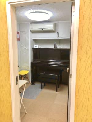 防音室内 - ブリアサロン用賀駅 南口徒歩1分 防音室B(ピアノ)【WIFI】の室内の写真